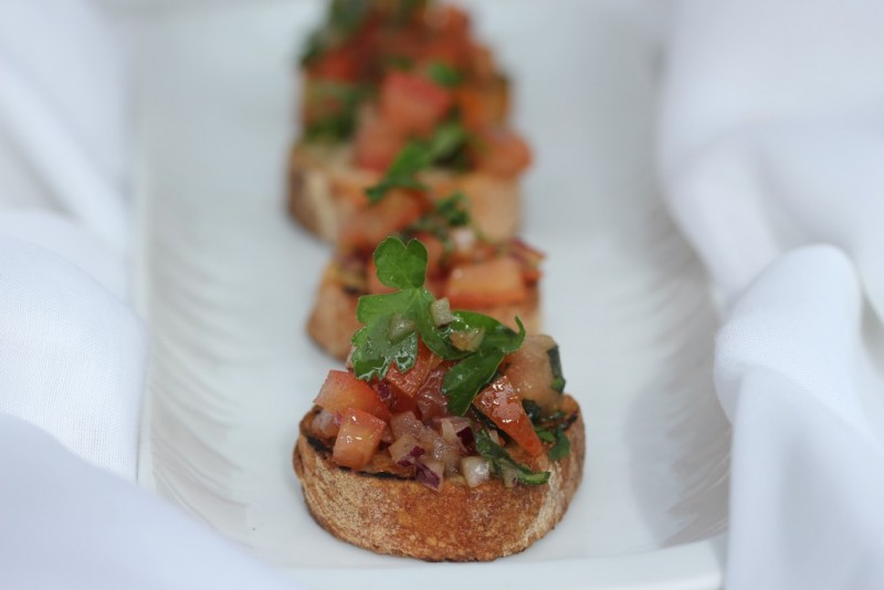 Tomato parsley Crostini