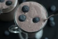 Acai Berry, Blueberry and Avocado supoer smoothie